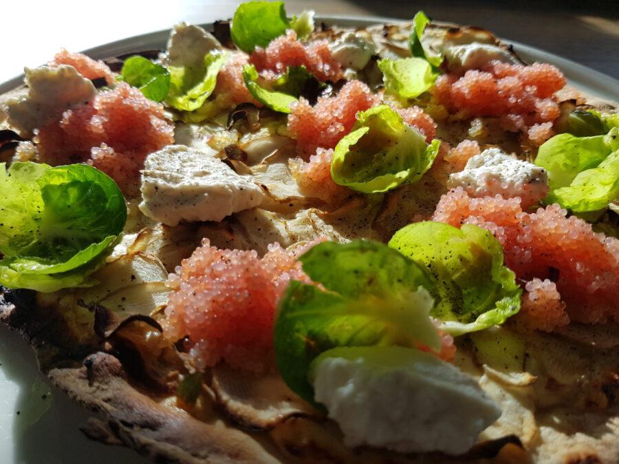 pizza med stenbiderrogn